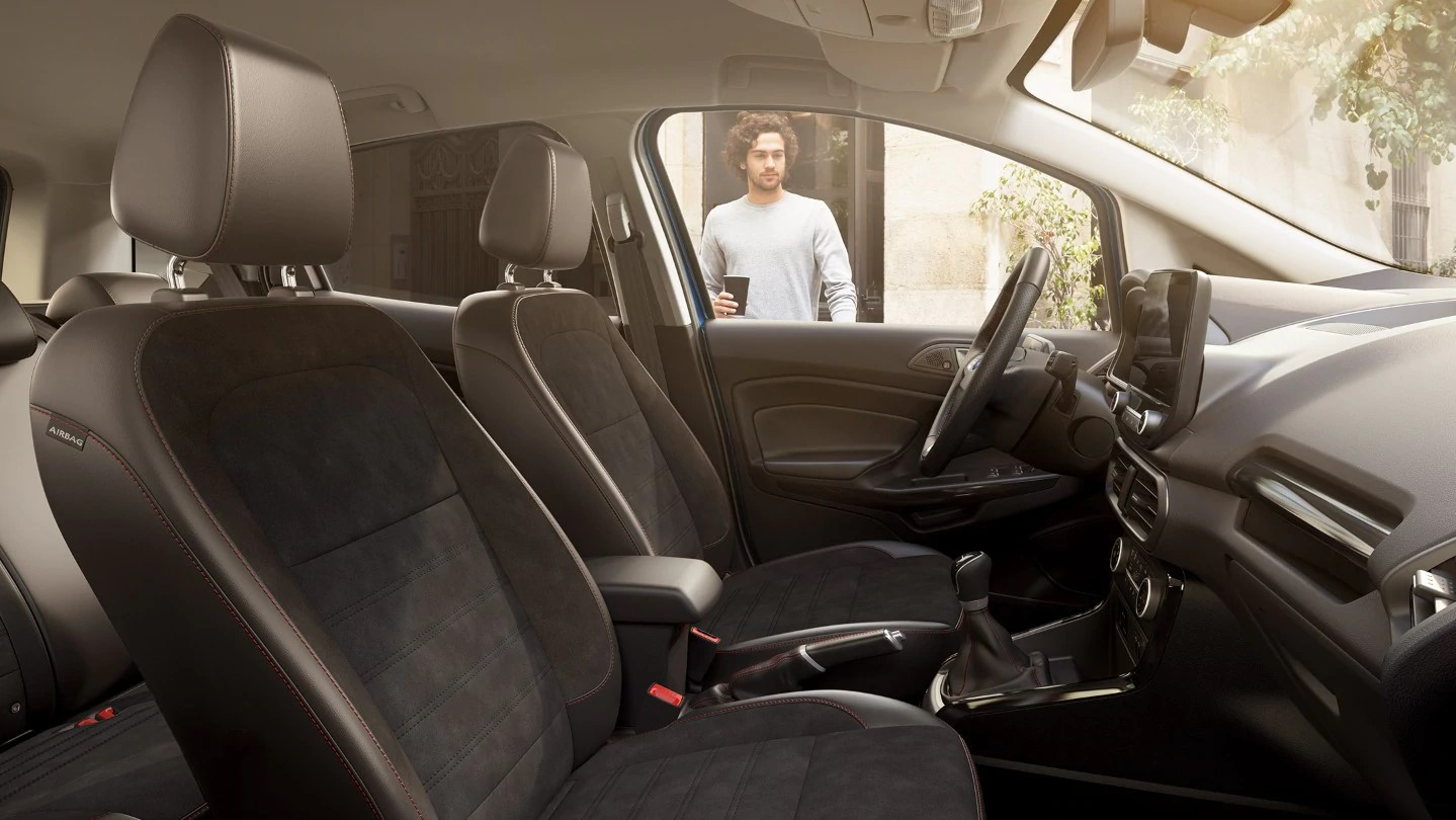 Ford-EcoSport-interior03